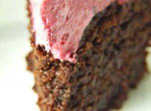 Razowe czekoladowe ciasto z burakami