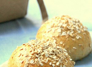 Bułki pszenne z mąką pełnoziarnistą - ugotuj
