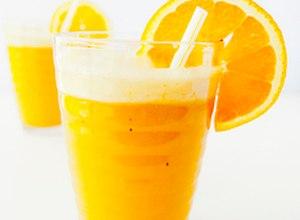 Smoothie pomarańczowo-bananowy - przepis Blogera - ugotuj