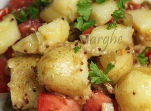 Sałatka ziemniaczana z pomidorami - ugotuj