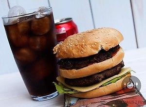 Big Boy - klasyczny hamburger z 1937 roku  - ugotuj