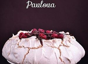 Pavlova czekoladowo-malinowa - przepis blogera - ugotuj