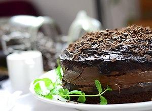 Ciasto czekoladowe poczwórnie - przepis blogera - ugotuj