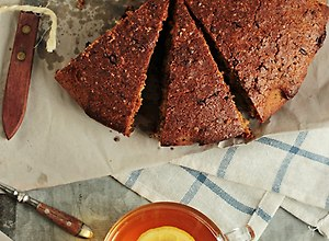 Ciasto czekoladowe z oliwą i rozmarynem - ugotuj