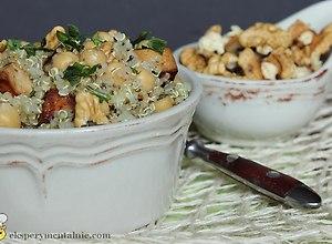 Quinoa z tofu i ciecierzycą - ugotuj