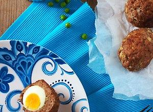 Jajka po Szkocku na Wielkanoc - ugotuj