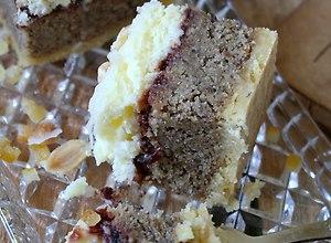 Ciasto  Białomak  z białym makiem i bakaliami - ugotuj
